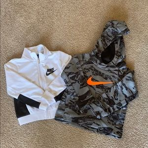 Nike sweaters bundle